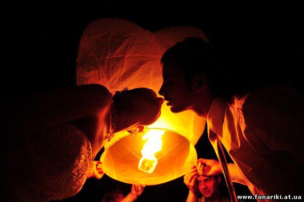 Летающий фонарик Сердце - оригинальная Валентинка на День Святого Валентина